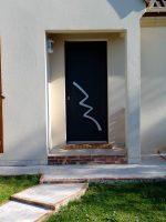 Porte entrée aluminium BORN | Agence Bailly-Romainvilliers