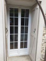Porte-fenêtre avec croisillons | Agence de Coulommiers
